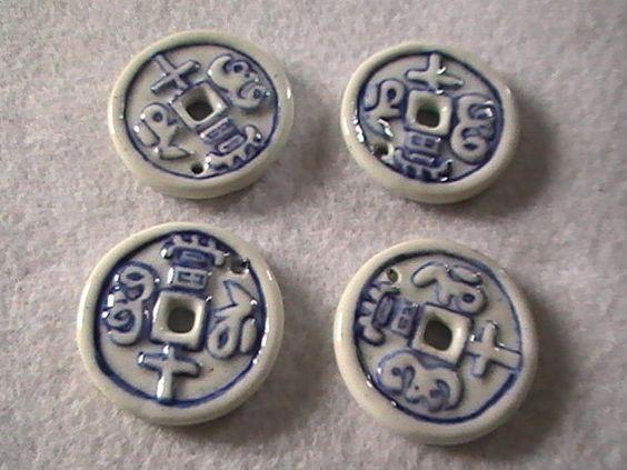 Delft Blue Porcelain Circle Coin Pendant 30mm by dragonflyridge, $3.00