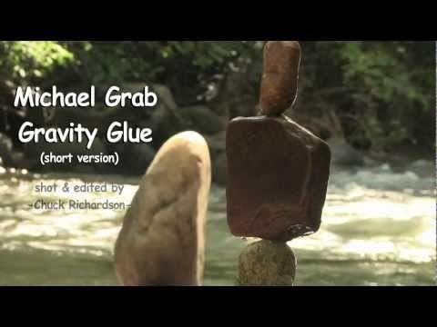 El Secreto Detrás De Cómo Michael Balancea Estas Rocas Es Muy Inusual. ¿Puedes Adivinarlo?   Upsocl