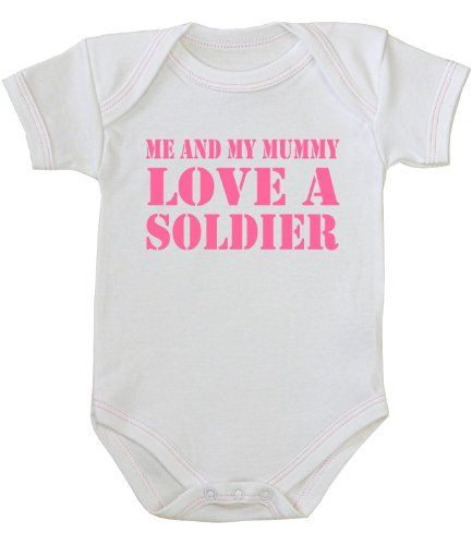 Me and Mummy Love a Soldier' Baby Bodysuit / Vest Newborn -12 months in 9 Colours. Bodysuit / vest made from 100% cotton. Main body is White with Pink lettering. Motif reads: 'Me and Mummy love a soldier'. Free delivery, shipped from the UK. Please allow 7-10 working days for delivery.