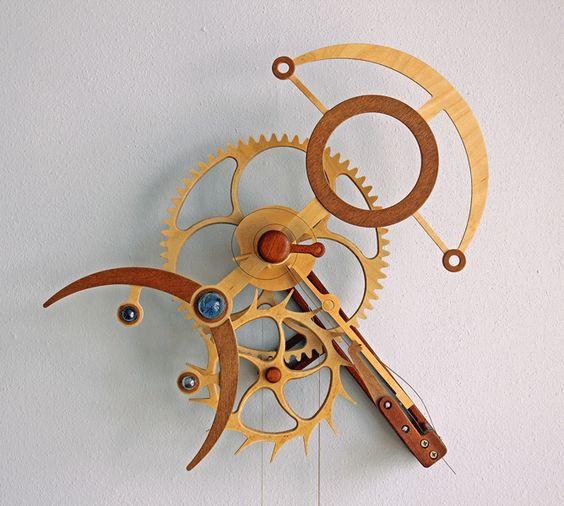 copeaux engrenages en bois horloges dengrenage en bois sculpture cintique bois misc atelier montres bois clock wooden - Copeaux De Bois Colors
