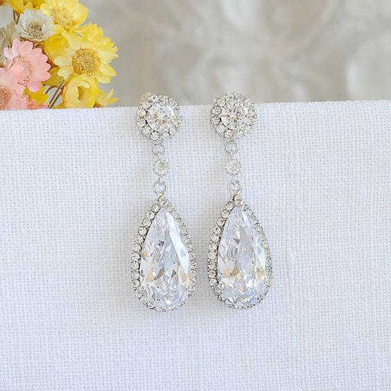 Boucles d'oreilles cristal mariage, boucles d'oreilles mariées, boucles d'oreilles rondes Halo, en forme de larme boucles d'oreilles, bijoux de mariée mariage Style Vintage, SARAH