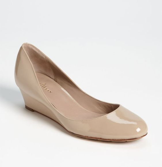 the perfect nude wedge
