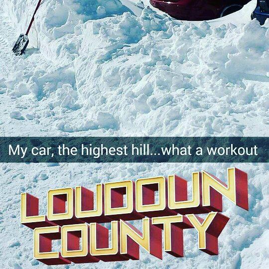 This past weekend and Monday i was pretty much stuck in shoveling the snow. It was indeed an upper and lower body workout as well as ab workout. . #snowblizzard2016 1437 #workout #snowzilla #shoveling #upperbody #lowerbody #ab #stayfit #befit #becareful #safetyfirst #exercise #islam #dawah #faith #determination #snowshoveling #weekend #monday #stayhydrated #befit4akhira by fit4akhira