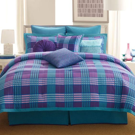 turquoise comforter and image search on pinterest. Black Bedroom Furniture Sets. Home Design Ideas