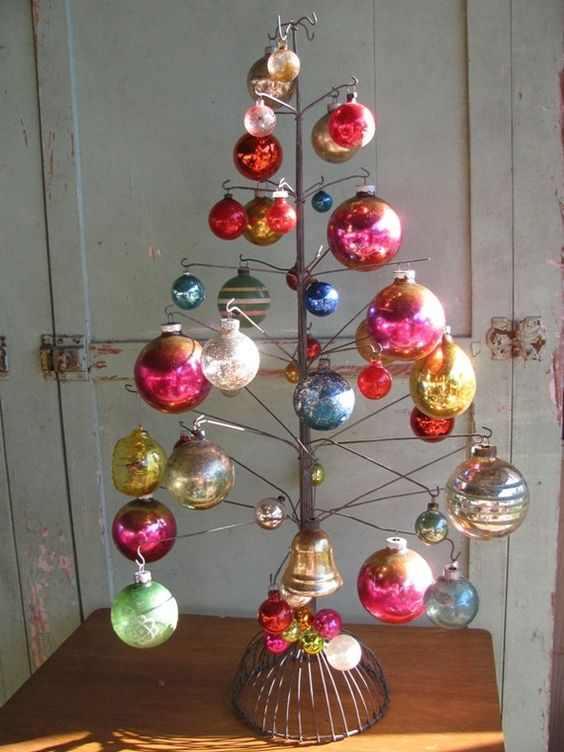 Wire and baubles Christmas tree.