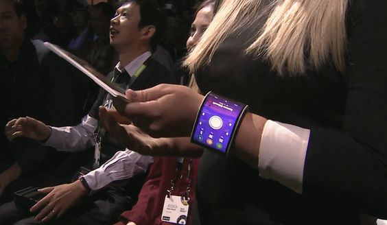 O futuro está aqui: conheça o smartphone e tablet dobráveis da Lenovo - Tudocelular.com