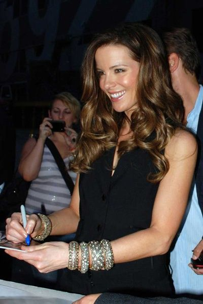 Bling spotting! Kate Beckinsale wears fab jewels to promote Total Recall     #celebrities