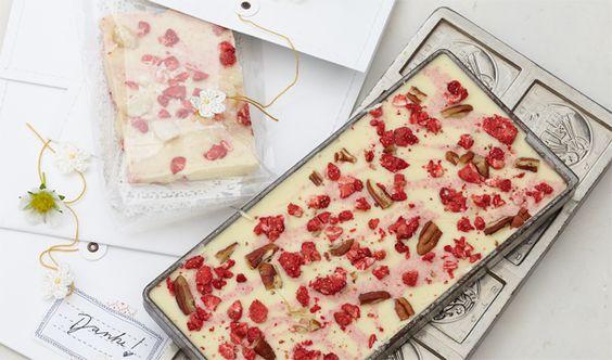 Weiße Erdbeerschokolade