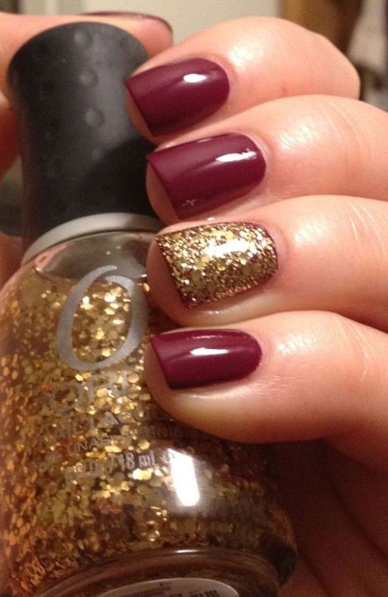 SUCH a sleek look! I love the solid color and the solid glitter! #GlitterNails #FallNails #NailArt: