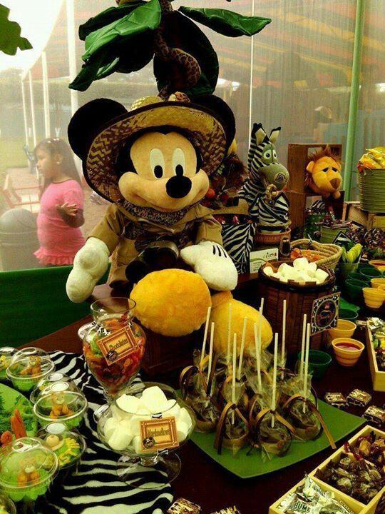 Safari mickey decoracion de cumples pinterest safari - Decoracion party ...