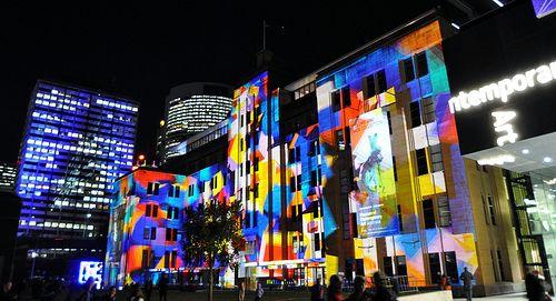 http://www.youtube.com/watch?v=XH7uNuyyzNU&feature=share&list=UUJNAZ9OFsulr4ZATFJZjibQ #Flowers #beatiful #Colurs #Photography #sydney #Australia #Ligth #Festival #Vivid