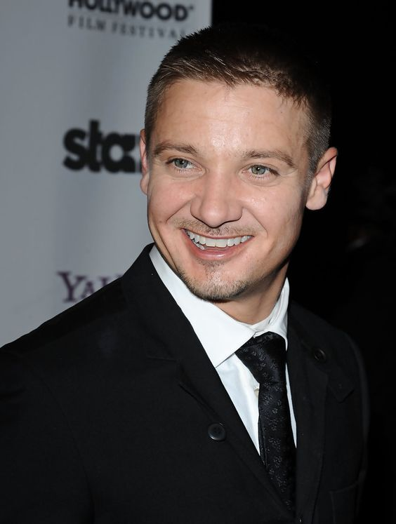 Jeremy Renner Pictures - 13th Annual Hollywood Awards Gala
