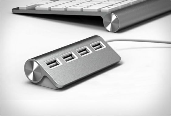 Satechi Premium 4 Port Aluminum USB Hub was designed for Mac computers, it features a sleek Apple-style design