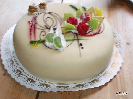 Norwegian Princess Cream Cake Recipe