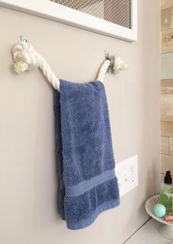 10 Nautical Bathroom Decorating Ideas With Images Towel Holder