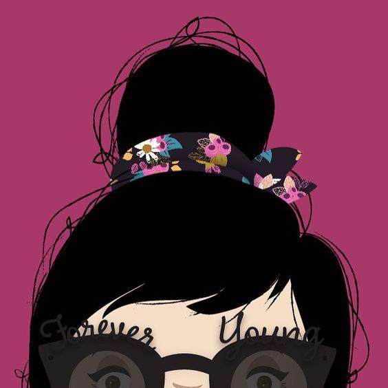 { Do you know that I'm crazy about sunglasses, don't you? So, here I am!wearing my new @chillibeansoficial sunglasses by @fernandayoung. It's so, sooo, sooo stylish. I'm in love with it! - { Vocês sabem que eu sou maluca por óculos escuros, não sabem? Então, aqui estou eu, usando meu novo óculos da @chillibeansoficial, desenhado pela @fernandayoung. É tãoooo estiloso. Eu to apaixonada por ele.: