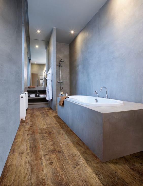 laminaatvloer en beton in badkamer