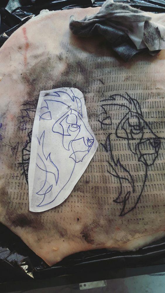 Tercer dia de practicas #minimalista #lion #tattoo #spain #linea #minimalist #leon #spaintattoo