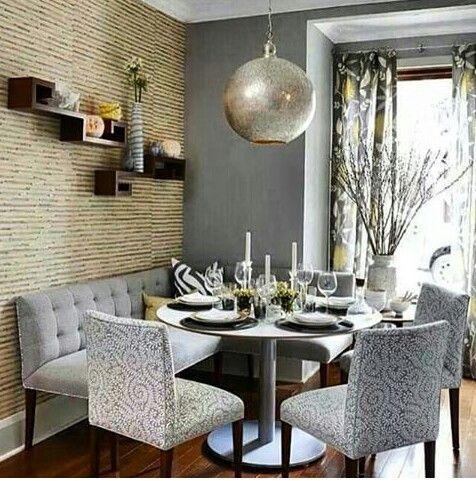 Esquina de sala comedor peque o o para un apartamento for Sala de comedor
