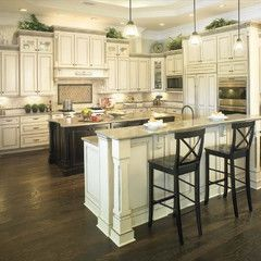 Traditional Kitchen By Yorktowne Cabinetry Toll Brothers Model Homes