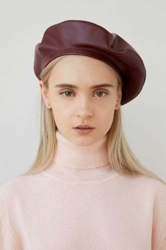 BEATRICE Burgungy eco leather beret, burgundy beret, beret hat, women's beret, bordeaux beret, faux leather beret, vegan leather beret, eco leather beret, headdress, french beret, stylish beret hat, beret for women.