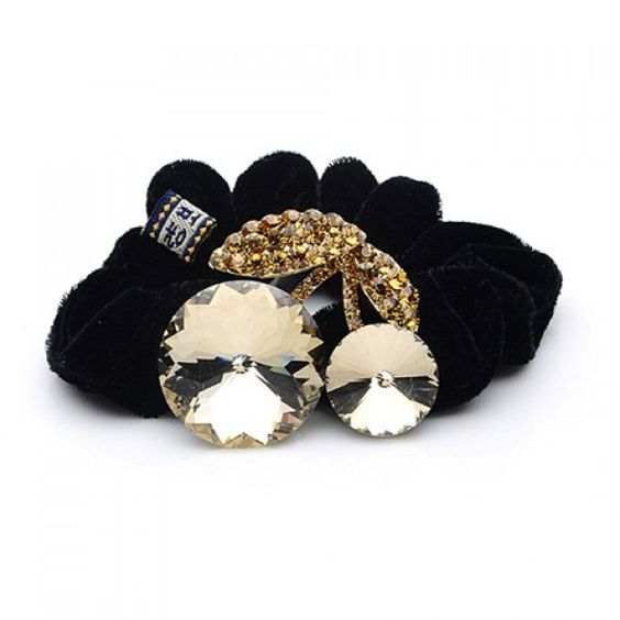 5.5$  Watch here - http://diyyd.justgood.pw/go.php?t=YD0049302 - Unique Style Rhinestone and Crystal Inlaid Walnut Shape Flannelette Women's Hair Hoop