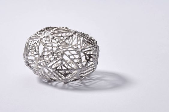 Anna Vlahos Meander 1 Brooch / Sterling silver, stainless steel