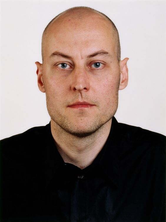 Thomas Ruff. Photograph by M. Roeser, 1999