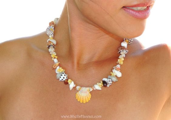Hawaiian Seashells & Sunrise shell necklace by ShellsHawaii