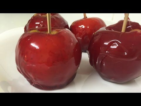 How To Make Candy Apples طريقة عمل التفاح بصوص الكراميل الاحمر By Easylife Youtube Food Hacks Caramel Apples Food