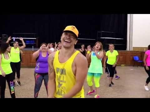 Con Calma By Daddy Yankee Snow Zumba Marce Soto Youtube Zumba Fitness Daddy Yankee Entrenamiento De Baile