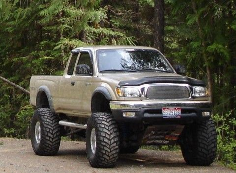 2001 Toyota Tacoma TRD 4X4 Extra Cab  sweet.... recycle catalytic converters at www.converterguys.com