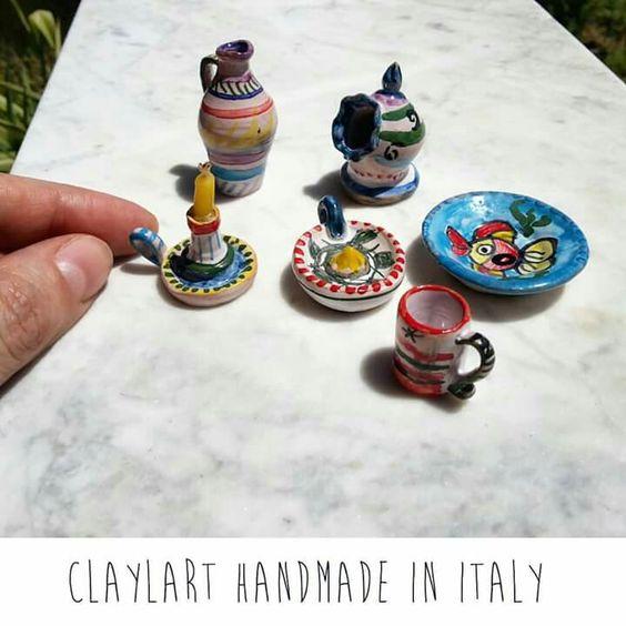 Maioliche in miniatura interamente modellate a mano in stile italiano