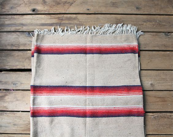 themodernexchange: Vintage Southwestern Woven...