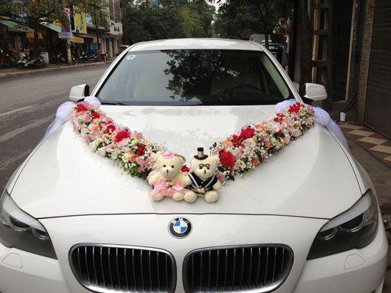 Cách trang trí xe hoa cưới bằng hoa tươi và phụ kiện #trangtrixehoacuoi #trangtritieccuoi