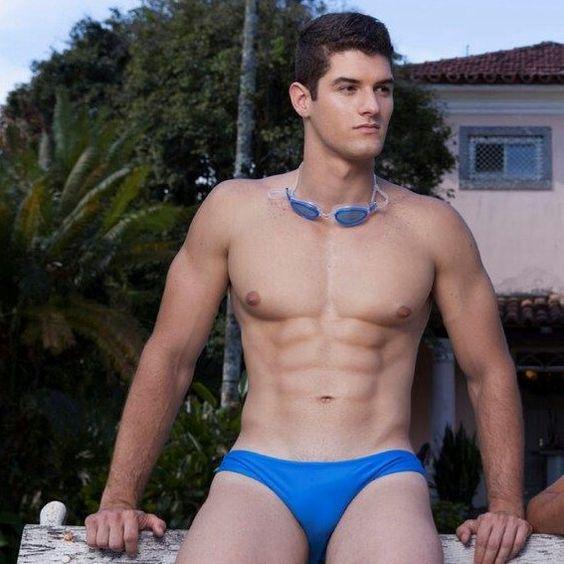 #speedo #speedoboy #bikini #bikiniboy #swimsuit #musclespeedo #gayspeedo #squarecut #bulgingspeedo #poolboy #beachboy #wetboy #hunk
