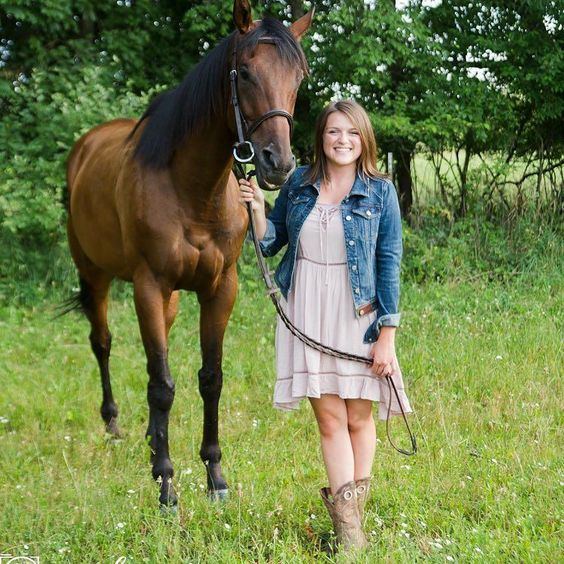 Love horsing around at senior sessions!! #classof2017 #horse #seniorpictures #country #foresthills #cowgirlboots #grandrapidsphotographer
