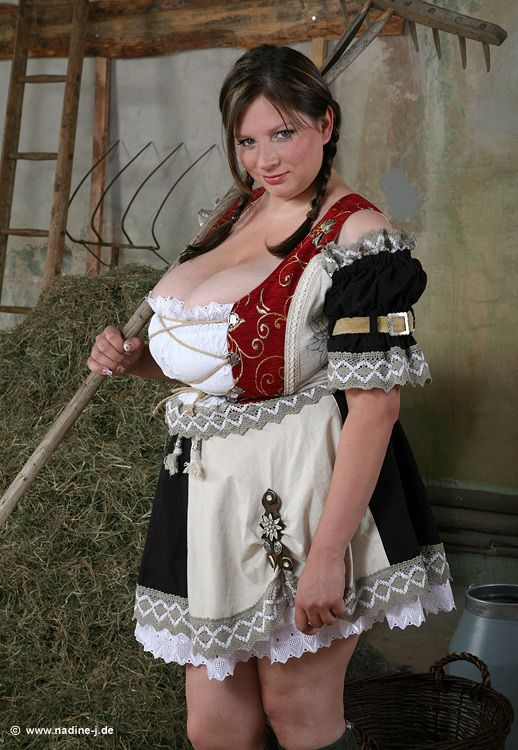 Big Tit Wench