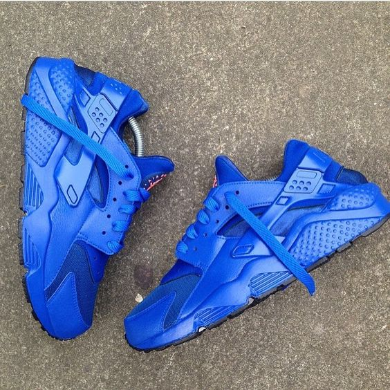all blue nike huarache