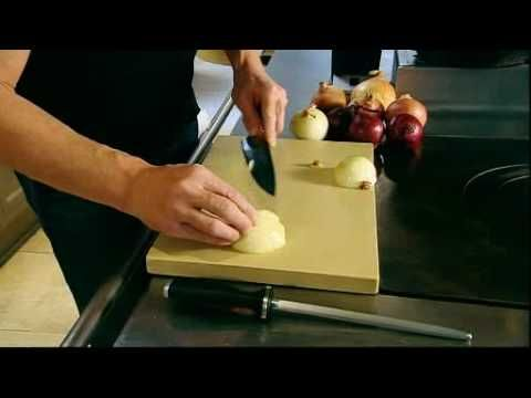 gordon ramsay how to chop an onion no eye watering fumes and the quickest way i 39 ve ever seen. Black Bedroom Furniture Sets. Home Design Ideas