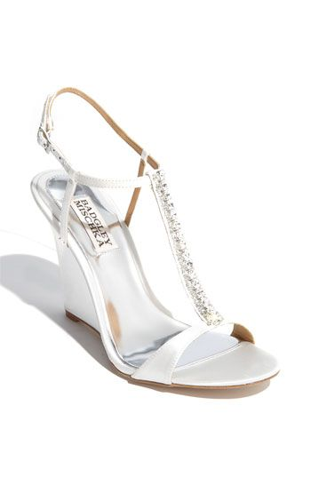 No Heel Wedding Shoes: Cute Wedge For Summer Wedding (no Heels Sinking Into The