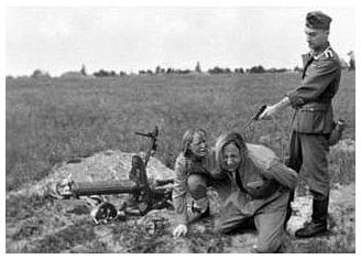 Some part of the horror of the Holocaust derives from the cold casualness with which the Germans (and their allies) committed deeds of the most brutal and shocking violence.  Despite the soul-rending pleas of these two peasant women, the soldier stood nonchalantly and executed both at point-blank range.: