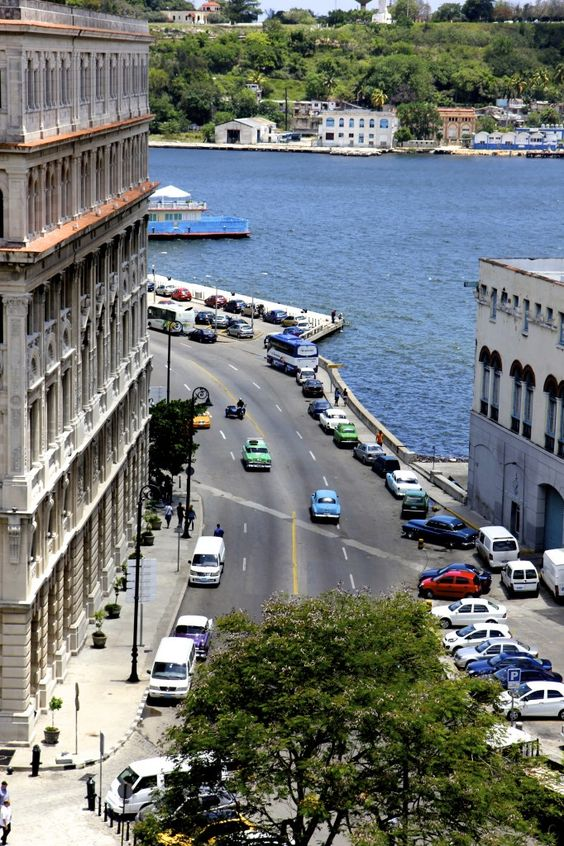 Malecón . Havana