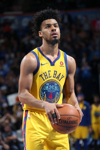 Quinn Cook Of The Golden State Warriors Shoots The Ball In The Fourth Quarter During The Game Agai Golden State Warriors Golden State Warriors Pictures Warrior