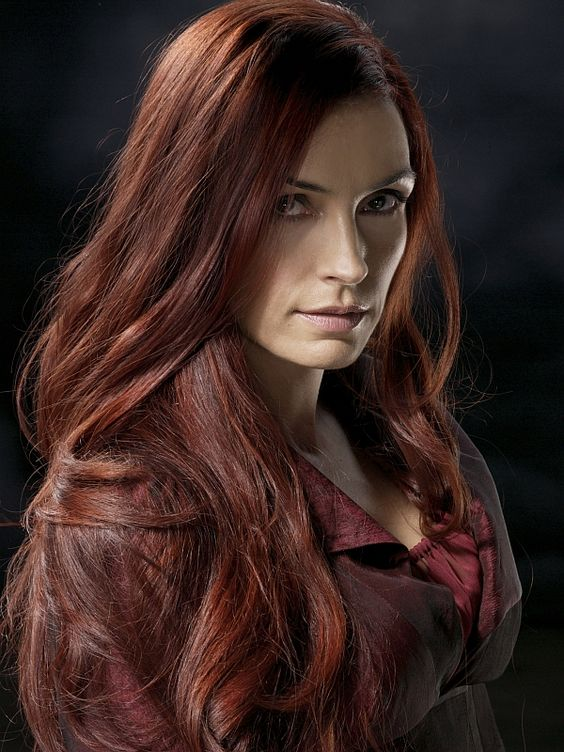 Jean Grey (Famke Janssen): Played by Shea. Since then, Jean has recently reawakened, back to her usual self only without memories of her time as the Phoenix. She remembers nothing after her apparent death back in Alkali lake or certain parts of her past in general and is currently wandering and helping others on her own.