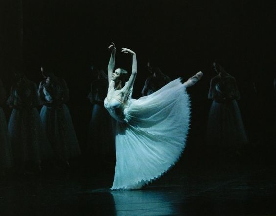 Polina Semionova in Act II of Giselle. Photos by Sandra Hastenteufel