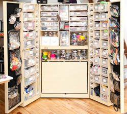 I want this craft closet!