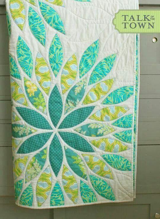 Flower burst quilt