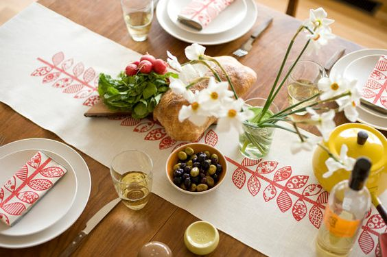 LIMITED EDITION Red Double Vine Hand Printed Table Runner, White Linen: Double Vine, White Linens, Vine Hand, Table Linens, Table Runners