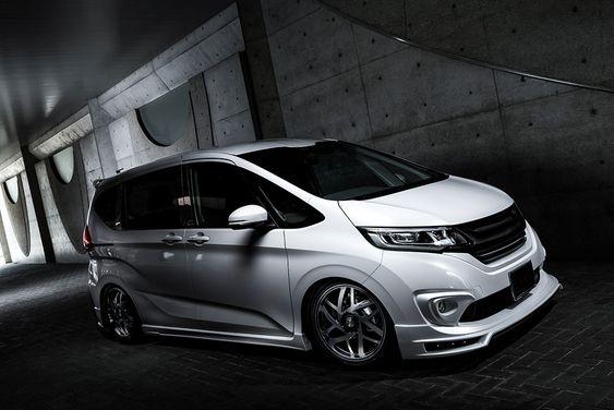 M'z SPEED 新車カスタムコンプリートカー | HONDA FREED 2WD G 6人乗(1LC4A) GRACE LINEゼウス エアロドレスアップ新車